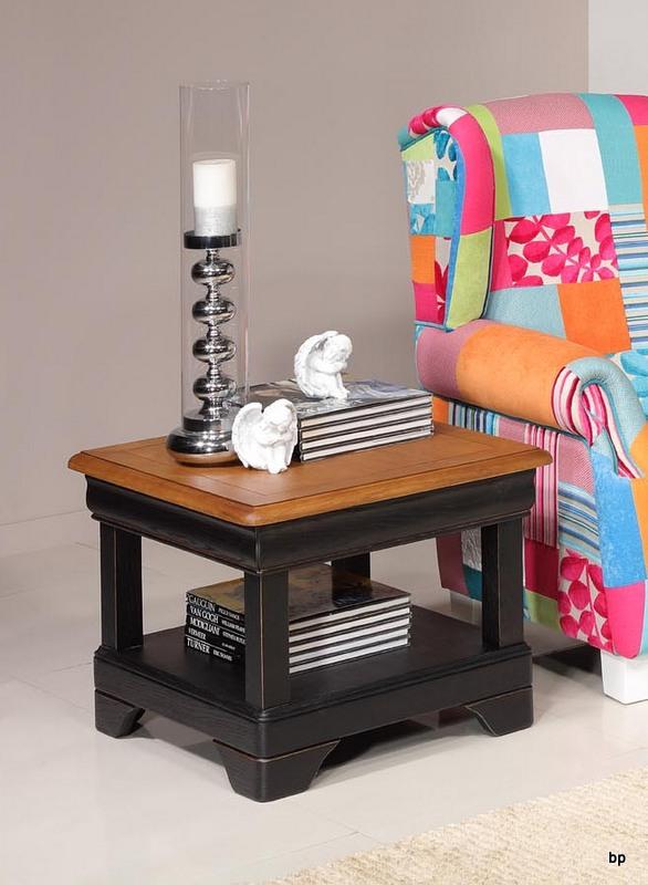 Petite table basse Ines  en chêne de style Louis Philippe Finition Chêne Brossé Noir Usé - plateau chêne doré patiné