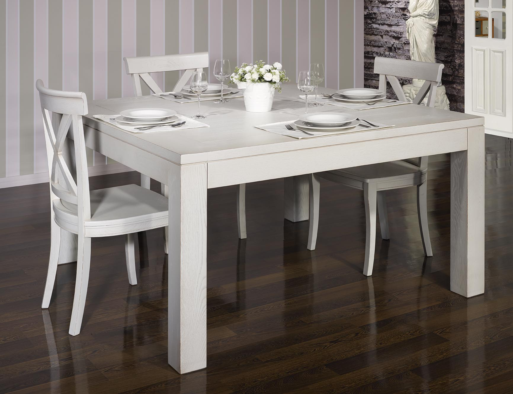 Table De Salle A Manger 140 140 Contemporaine Realisee En Chene