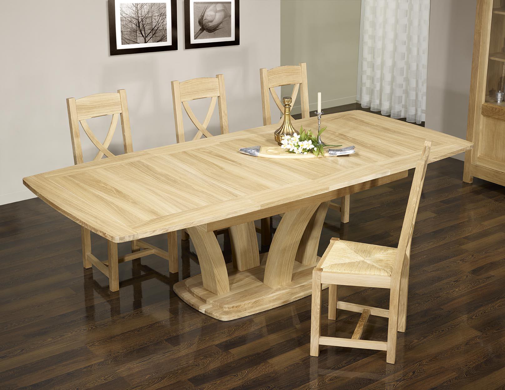 Table Chene Massif Moderne.Table De Repas Contemporaine Realisee En Chene Massif Finition Chene Naturel Cire