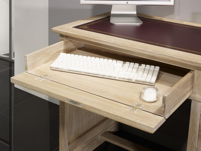 Petit bureau luc réalisé en chêne de style louis philippe finition