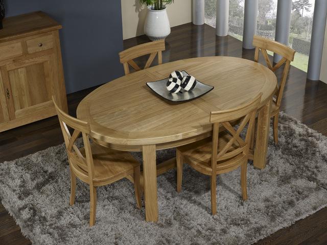 Table De Ferme Ovale Damien Realisee En Chene Massif De Style