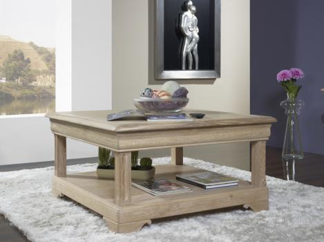 Trés belle Table basse carrée Bruno en Chêne de style Louis Philippe