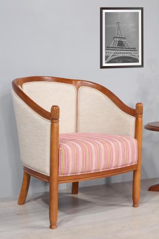 Fauteuil Cabriolet en hêtre massif de style Louis Philippe  Seulement 1 DISPONIBLE