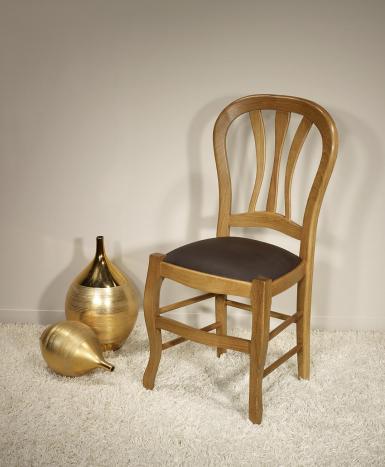 Chaise   en chêne massif de style Louis Philippe Assise Moleskine Chocolat