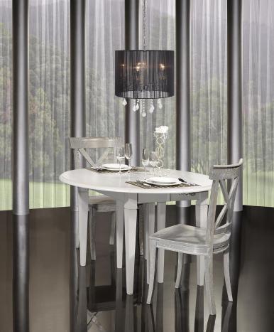 Table ronde à volets Jade réalisée en Merisier Massif de style Louis Philippe DIAMETRE 120 - 5 ALLONGES DE 40 CM Finition Gris Perle