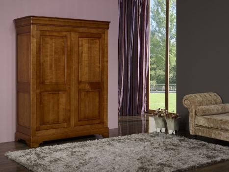 Armoire 2 portes   en Merisier Massif de style Louis Philippe SEULEMENT 2 DISPONIBLE