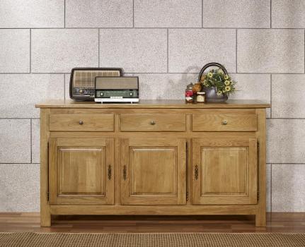 Buffet 3 portes 3 tiroirs réalisé en chêne massif de style ...