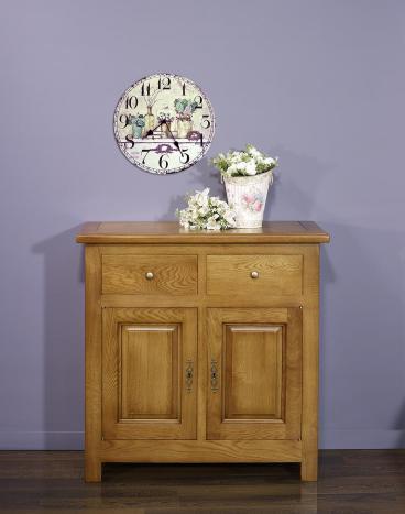 Petit buffet 2 portes 2 tiroirs réalisé en Chêne massif de style campagnard