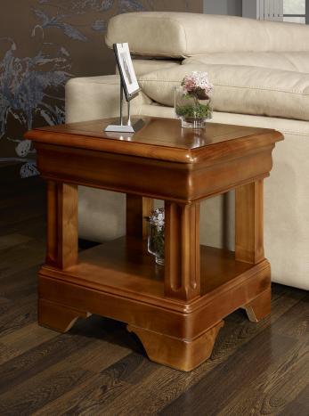 Bout de canapé ou table basse   en Merisier de style Louis Philippe Seulement 1 disponible