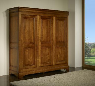 Armoire 3 portes  en CHENE MASSIFde style Louis Philippe