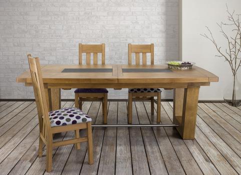 Table rectangulaire  220x110  en Chêne Massif 4 allonges de 40