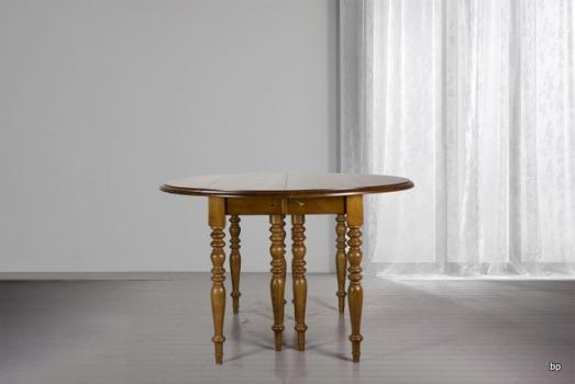 Table ronde à volets DIAMETRE 120  en merisier massif de style Louis Philippe 7 allonges de 40 cm  Table  à la demande d'un client