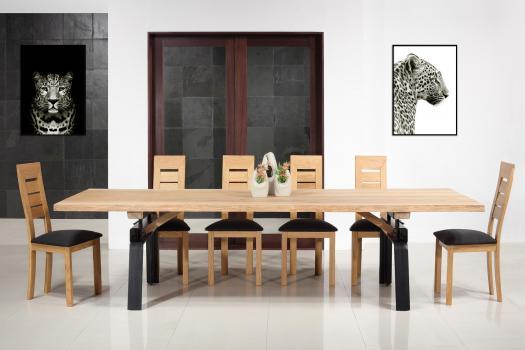 Table de repas fer et chêne massif 300x100 Epaisseur de la planche 4,5 cm Pièce unique SEULEMENT 1 DISPONIBLE