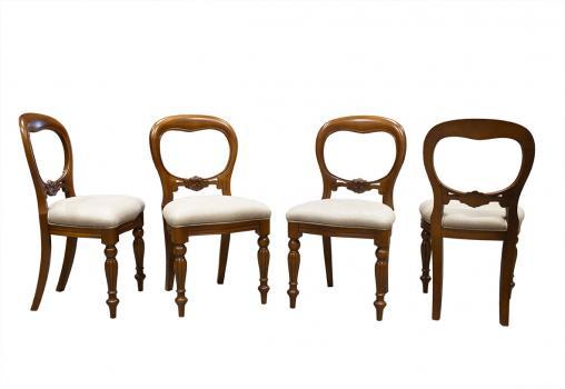 Lot de 4 Chaises en merisier massif de style Louis Philippe Sculptées main SEULEMENT 1 LOT DE DISPONIBLE