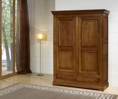 Armoire 2 portes Gabriel réalisé en Chêne Massif de style Louis Philippe Campagnard